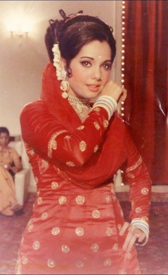 Mumtaz in Loafer | Beautiful indian actress, Indian actresses ...