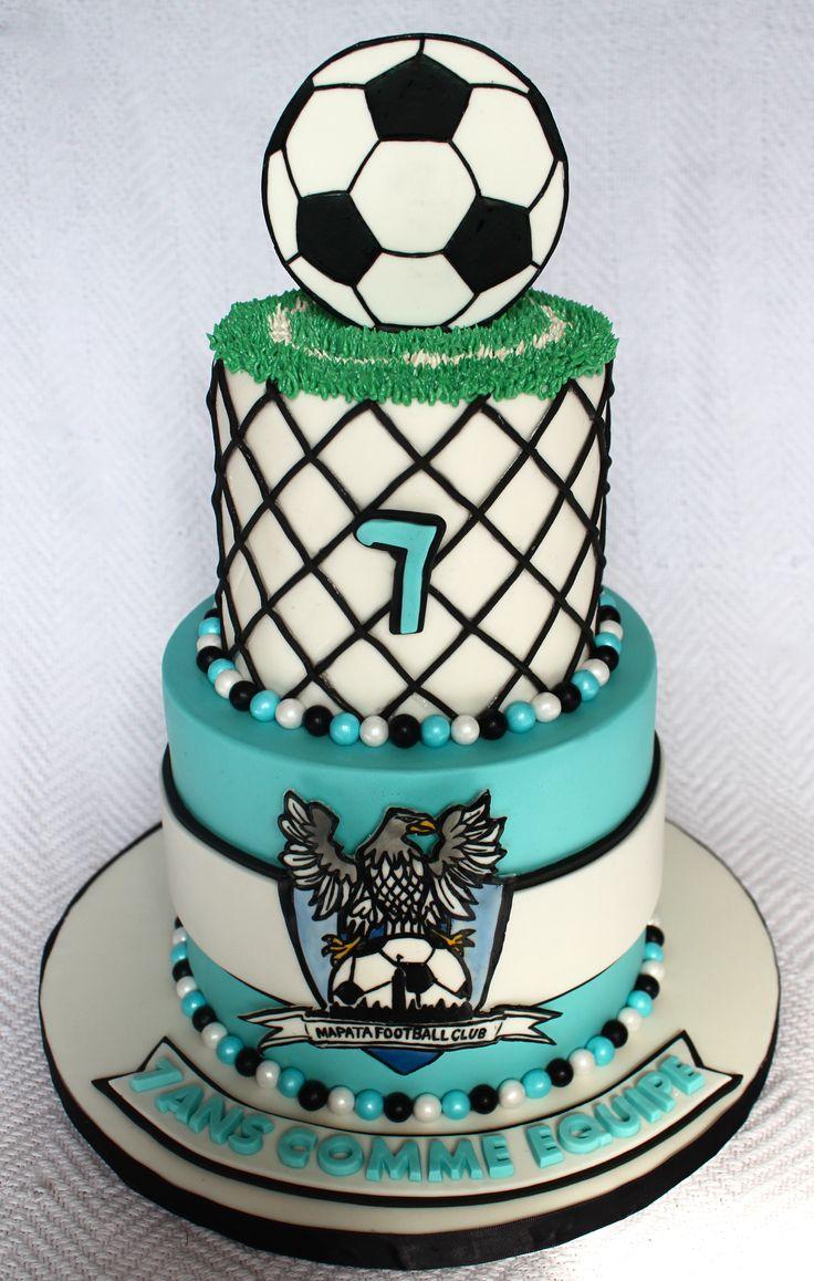Soccer football team cake