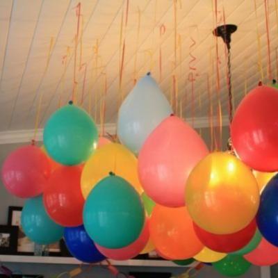 Inexpensive Party Decorations: Helium Balloon, Balloon Decor, Birthday Parties, Hanging Balloon, Balloon Ideas, Rainbows Parties, Parties Ideas, Birthday Decor, Parties Decor
