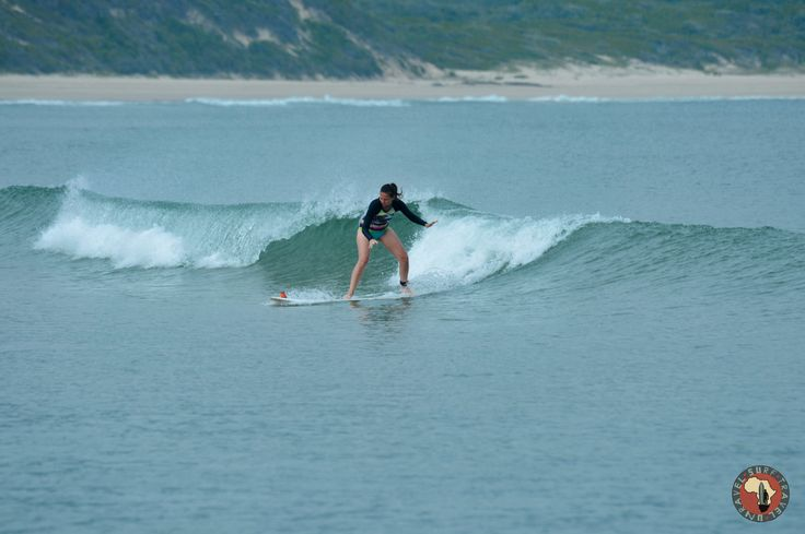 Awesome surfing and great waves for beginners on Surf Tour!