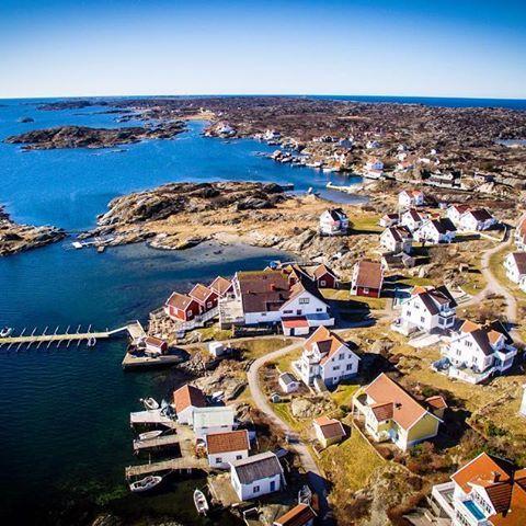 Gullholmen! #drone #drones #drönare #UAS #UAV #droneinspect #gothenburg #göteborg #sweden  #photography #aerialphotography  #aerialmedia #flygfilm #flygfoto #fastout  #bostadsfoto #bostad #hemnet #blocketbostad #fastighetsmäklare  WWW.DRONEINSPECT.SE