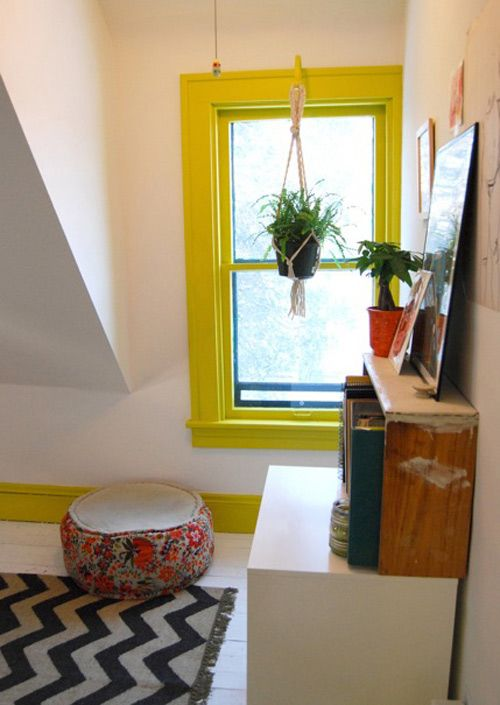 love the idea of painting trim and baseboards in room for a pop of color