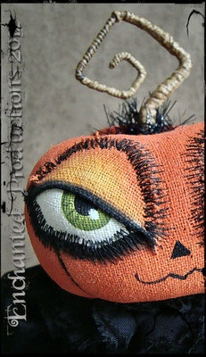 LOVE LOVE LOVE!!!!!!!!!  OOAK PFATT Primitive Folk Art Halloween Goth Pumpkin Doll Joyce Stahl EHAG