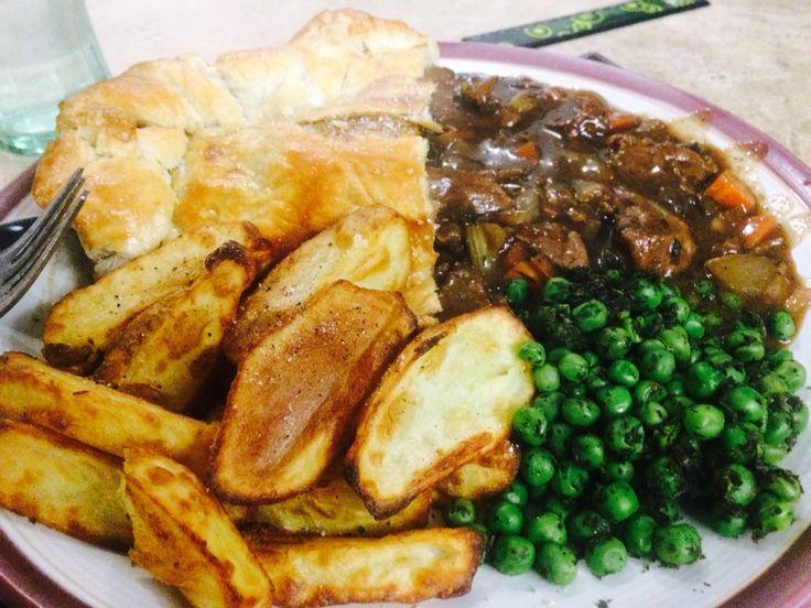 Steak pie, chips and peas | Pie and chips, Steak pie ...