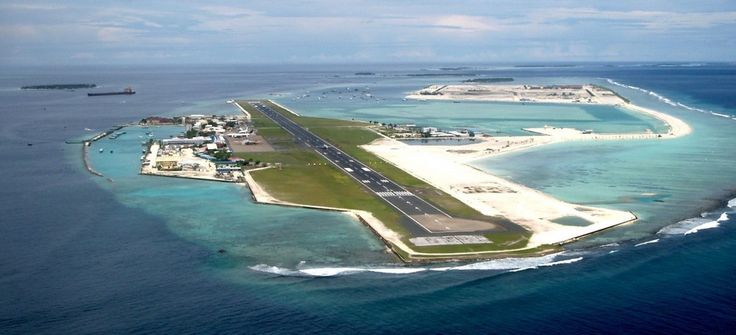 The Male Maldives Airport is located on the Hulhule Island in the middle of the Indian Ocean.