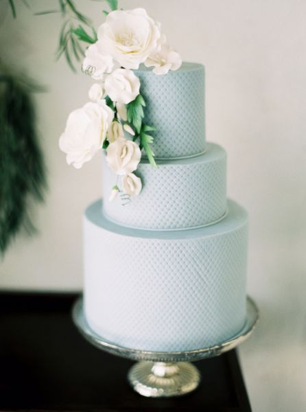 Les plus jolis wedding cakes décorés de fleurs pour 2017 Image: 6