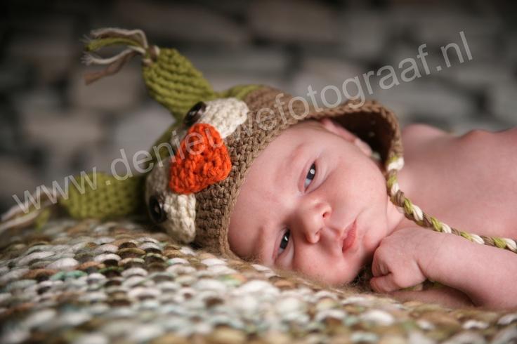Newborn , baby met uilenmuts , Fotostudio , Fotograaf, De Nieuwe Fotograaf