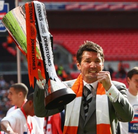 LEGEND: Former LTFC player turned manager Mick Harford, celebrating winning the Johnstone's Paint Trophy as Luton Town manager at Wembley in 2009.