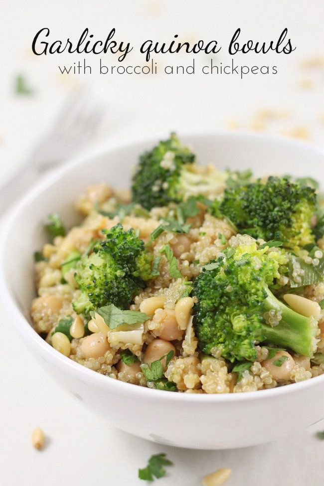 Garlicky quinoa bowls with broccoli and chickpeas