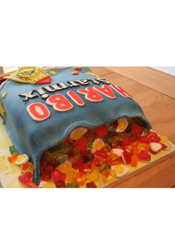 Haribo AND cake, what a perfect combination!