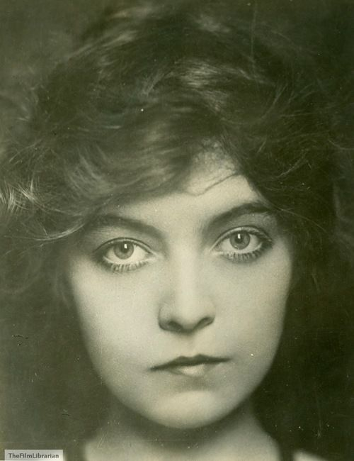 Lillian Gish,1915, a publicity photo for The Birth of a Nation