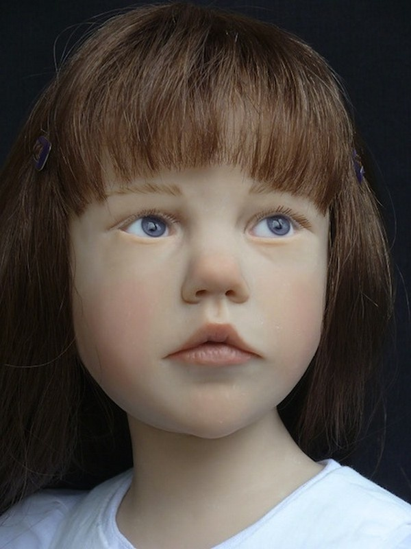 realistic dolls from Laurence Ruet (France)