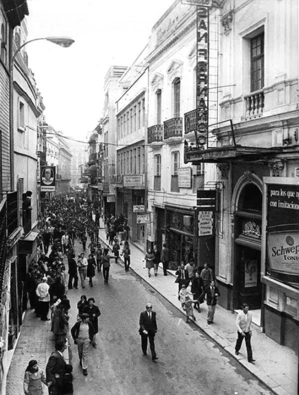 1000 images about cines y teatros de sevilla on pinterest for Cartelera avenida sevilla