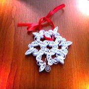 Decoratiune Fulg de Nea. Un fulg de nea, usor si frumos, un accesoriu perfect pentru bradul din acest an.