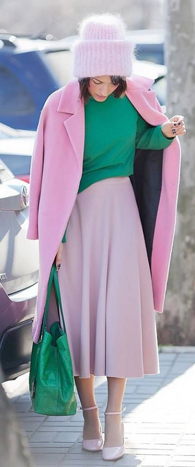 Pink winter coat, green tote