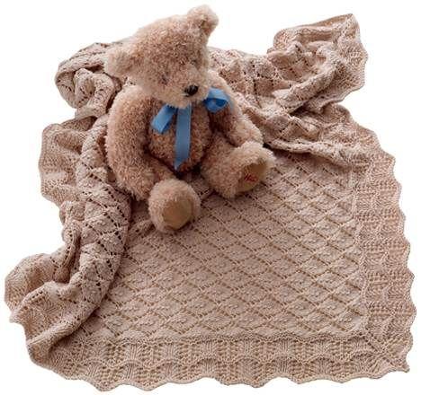 Når et lille nyt menneske bliver født, ønsker vi det alt det bedste. Så her får du chancen for at forkæle den nyfødte  - og hans eller hendes forældre med det lækreste strikkede babysvøb.