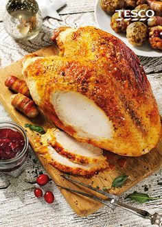 This easy-to-carve turkey makes Christmas dinner even easier | Tesco