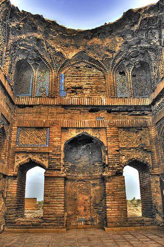 Ruined treasure . Thatta, Sindh, Pakistan