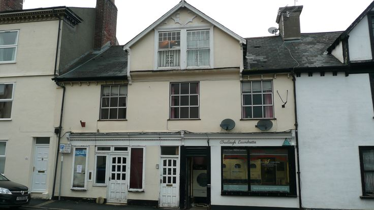 Investment Property For Sale in Chudleigh, Newton Abbot, Devon - More here: http://www.charlesdarrow.co.uk/commercial-property/investment/chudleigh/investment-opportunity-chudleigh/717