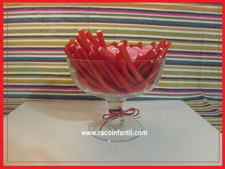 Hoy una decoración muy sencilla de chuches para tu fiesta! http://www.racoinfantil.com/decoraciones/chucher%C3%ADas/cuenco-de-chuches-tipo-1/