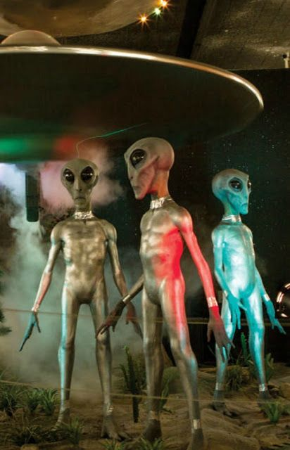 Heaven can wait : 70th Anniversary Roswell UFO Festival