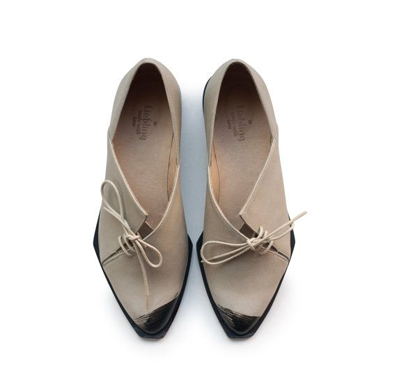 Sale 30% off Women shoes Gray shoes oxford shoes by LieblingShoes