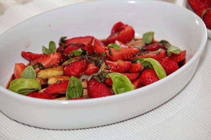 Wonder Wunderbare Küche: Fruchtiger Spargel-Erdbeer-Salat