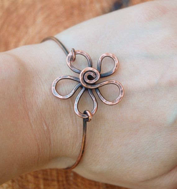 Flower Bracelet. Metal Flower. Wire Flower. Oxidized Copper Bracelet. Wire Jewelry.