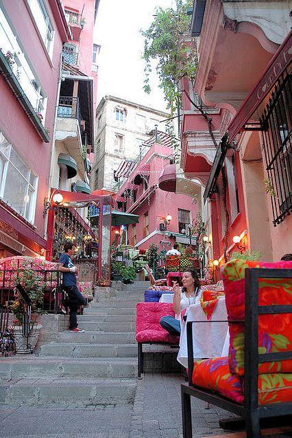 Istanbul - Beyoglu Street