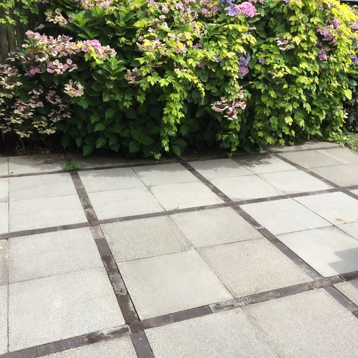 17 beste afbeeldingen over verharding in de tuin op for Eenvoudige tuinontwerpen