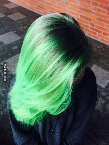 Manic panic electric lizard, first try. What do you guys think?