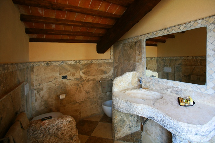 Bathroom of Deluxe Romantic Suite The Unstoppable Explorer