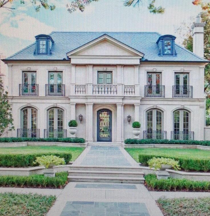 Greenbrier Exterior: Home & Interior Design