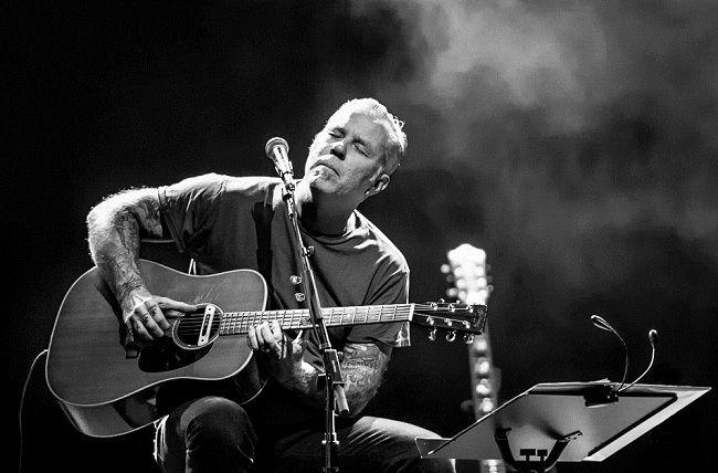 Джеймс Хэтфилд выступил со своей дочкой на шоу «Acoustic-4-A-Cure»
