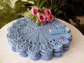 Sousplat feito à mão Barbante de qualidade O preço é por unidade 35 cm , cor azul bebê, usei barbante 6 Lindo para decorar sua mesa
