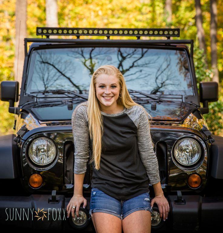 Senior pictures #jeep #photography www.sunnyfoxx.com