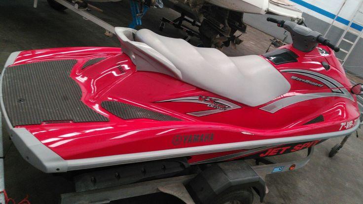 6000,00€ · Yamaha vx deluxe · Moto acuática Yamaha vx deluxe del año 2006 con 60 horas de navegación. En perfecto estado, todas las revisiones con certificado de taller. Incluye remolque, funda y chalecos. · Vehículos > Embarcaciones > Motos de agua > Motos de agua Yamaha