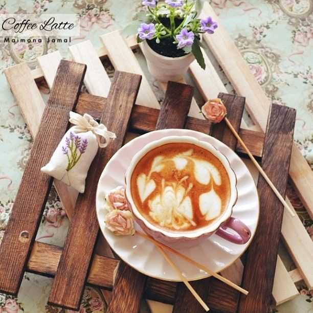 #ShareIG Coffee latte my fav  #memosnikon #coffee #latte مساؤكم رضا من الرحمن