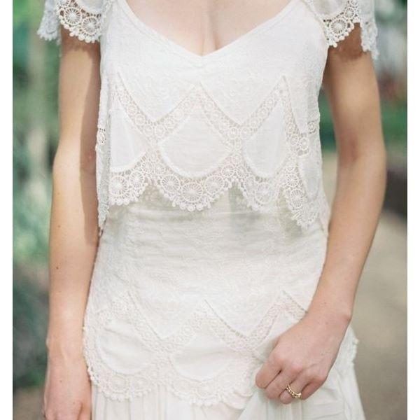 Casamentos de manhã são cada vez mais comuns e essa seleção de idéias de vestidos de noiva do post de hoje está completa com dicas para todos os estilos de noiva. Vem dar uma espiada no www.casandosemgrana.com.br👰💐💘
