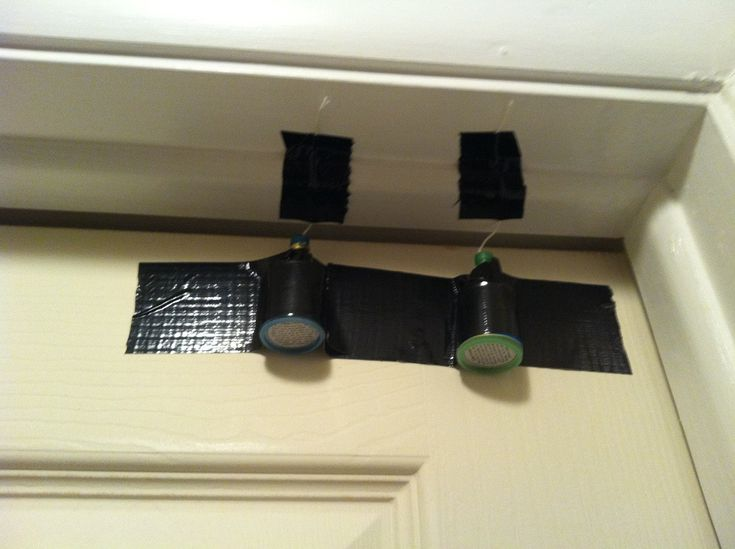 10 Easy Life Hacks for DIY Dummies : makeshift door alarm - pezcame.com