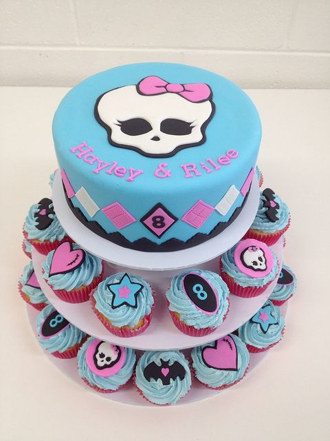 Monster High cupcake tower   Flickr - Photo Sharing!