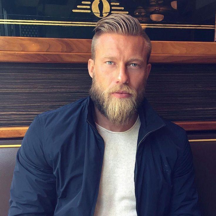 Beard Motivation Monday: Lord Stian and his glorious beard.