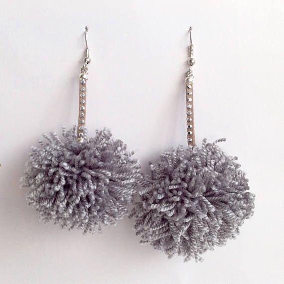 Pom pom dangling earrings / variety of auttum colours / pom