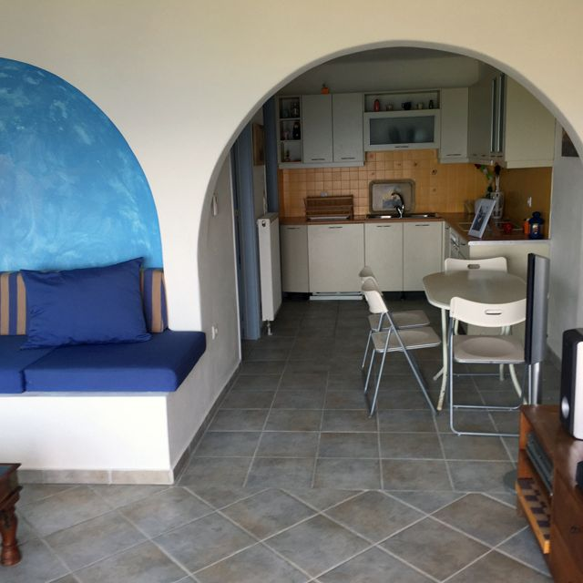 Lovely flat with amazing view located in Spetses, Athens, Greece. BetterHome's portofolio apartment. http://bit.ly/LLovelyFlatWithAmazingViewSpetses apartment. ⛱️ #Spetses #Armata #SpetsesMiniMarathon #Reagatta #SpetsAthlon #diaxeirshakinhton #hosting #welcomemore #solutions #advice #airbnb #BetterHomeEU