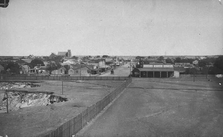 Marshall St,Cobar in New South Wales in 1910.