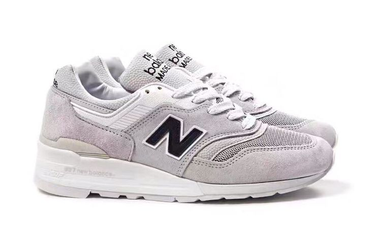 2017 New Color: Winter selected New Balance M997JOL, color with: white gray / white / black (trademark), high-end atmosphere for the couple models