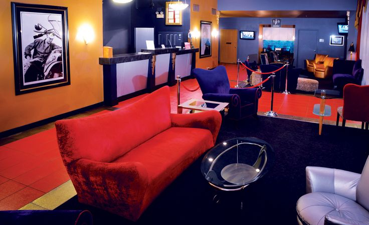 Elvis Presley Heartbreak Hotel - Memphis TN hotels - Elvis Presley's Graceland