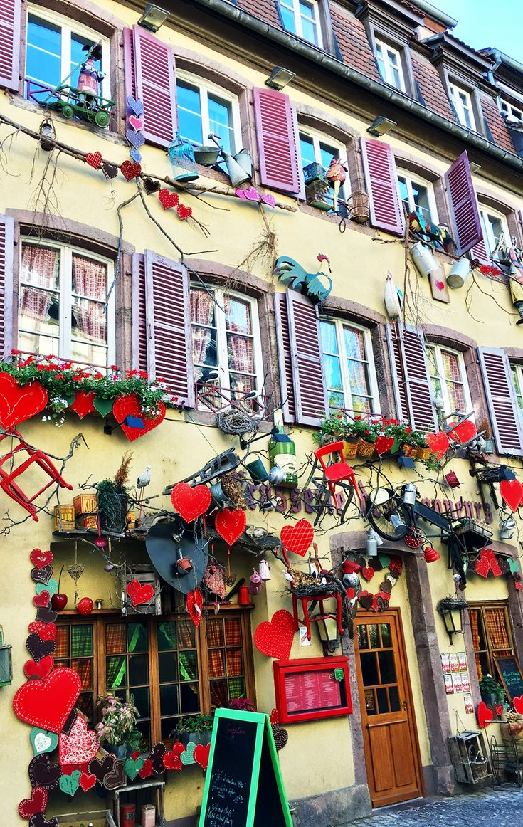 The heart of the historic wine route in Alsace, France's northeastern wine region, is Colmar – a pretty town that's straight out of a fairytale. It's the perfect base for a holiday in Alsace and home to amazing gastronomy, charming architecture, and an overall great holiday vibe. Here's where to stay in Colmar.