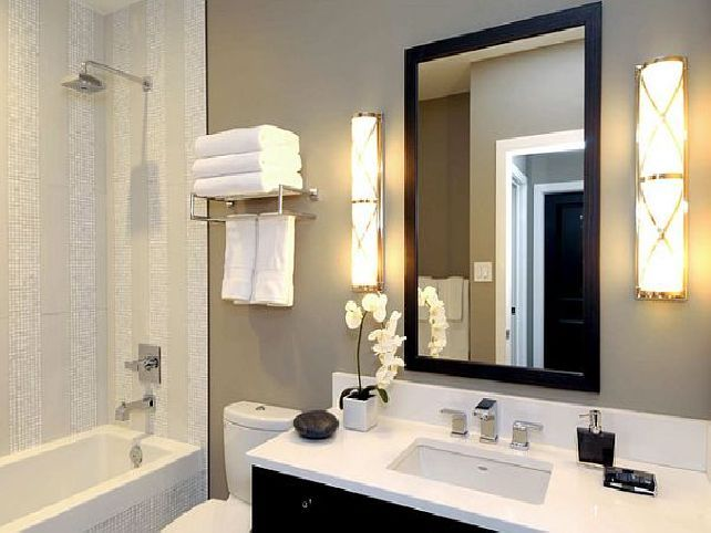 1000 ideas about budget bathroom remodel on pinterest for Small bathroom makeovers