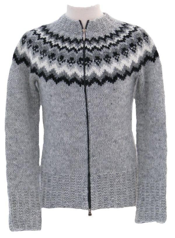 Traditional #lopapeysa #icelandic #wool #sweater - alafoss.is #handknit #knitting